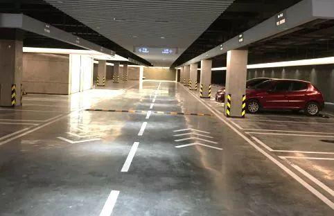 深圳万科研发的高精混凝土地坪,图片来源于万科官网