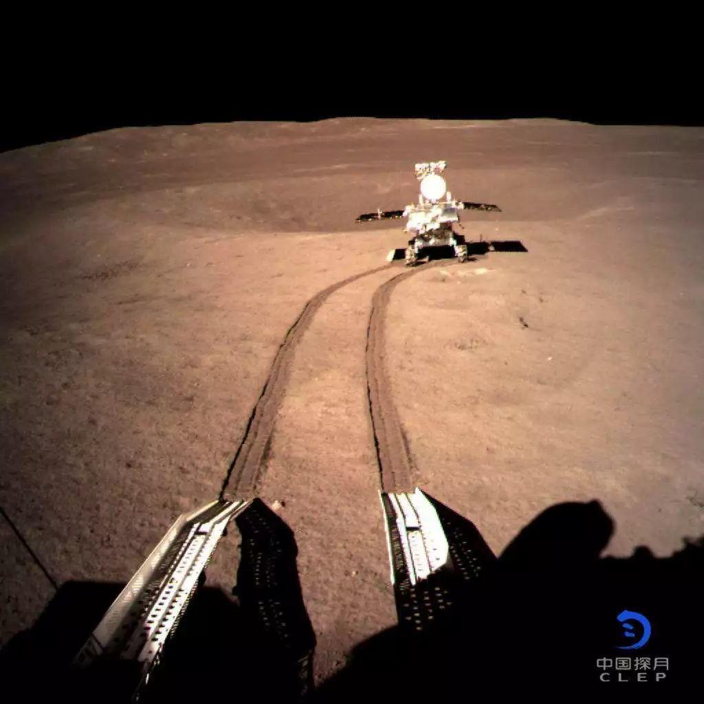 玉兔号月球全景图_世界首次!玉兔二号喜登月背,中国的航天科普路在何方?-新闻 ...
