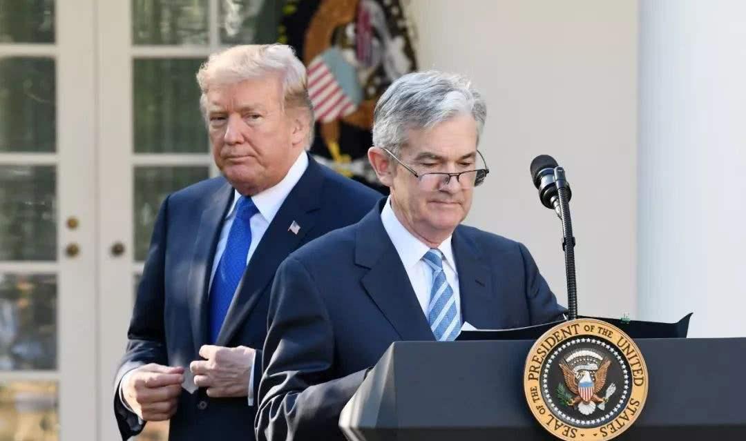 美联储的七人理事会目前尚有两个职位空缺。白宫此前曾提名经济学家Nellie Liang和Marvin Goodfriend出任理事,但这两项提名已在上一届国会休会时到期。
