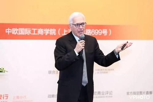 达顿商学院2001届校友、Princeville Global管理合伙人华金· 罗德里格兹· 托雷斯分享了他对全球技术投资的洞察。托雷斯认为,技术已经不只是企业的一部分,它正在改变创业者做企业的方式。技术驱动的业务模式正在颠覆很多大行业,如今是投资技术最好的时代。
