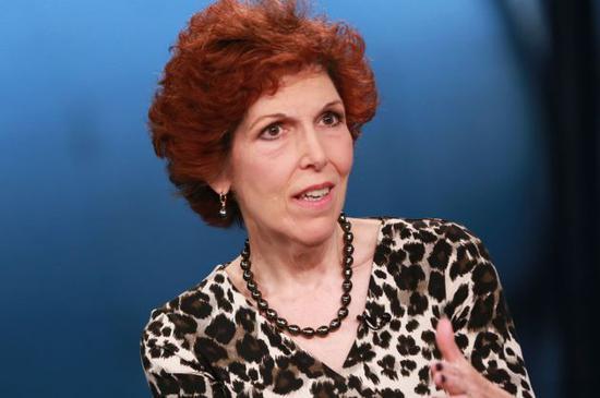 新浪美股讯 克利夫兰联储行长洛雷塔-梅斯特(Loretta Mester)周五表示,她认为没有必要调整美联储当前的货币政策,并支持目前的观望态度。