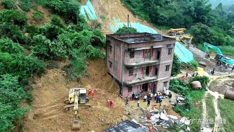 阳江阳春市发生一起山体滑坡事件 2人抢救无效死亡4人失联