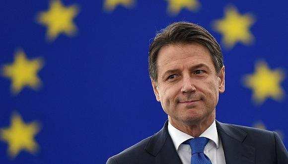 意大利总理孔特威胁辞职,要求执政联盟停止内讧