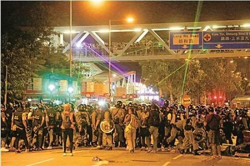警方严密警戒,防止暴徒行动升级。图源:大公网