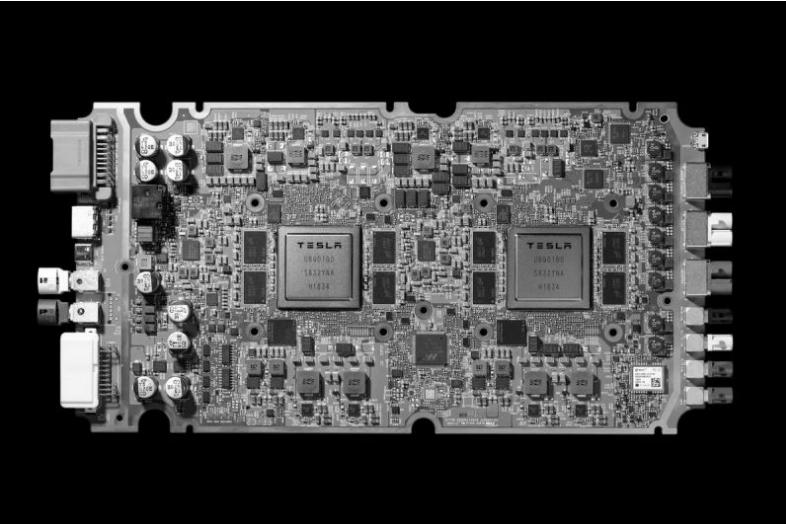 特斯拉自研AI芯片性能提升 成本下降20%