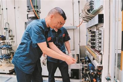 屠志新:观看亲手修复的装备 衷心成就感爆棚