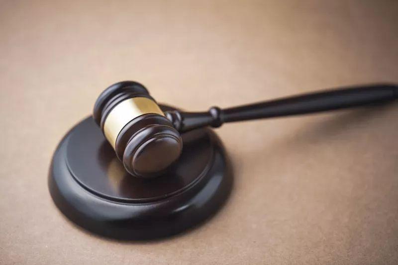 「乐百家手机客户端首页」话题丨男子1380万存款消失只剩73元,两度起诉银行被驳回