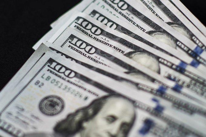 新债王冈拉克坚信美元将大幅贬值,而黄金和其他大宗商品将受益