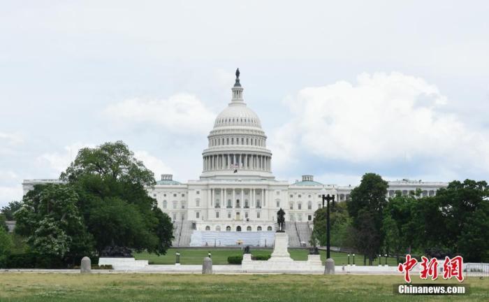 """疫情下的美国:华盛顿""""解封""""首日 民众在不同情感中开始""""新生活"""""""