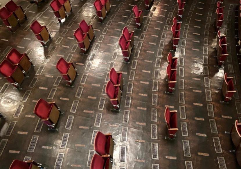 北美影院619分阶段复工,710全线复工,电影局今天依旧没发通知