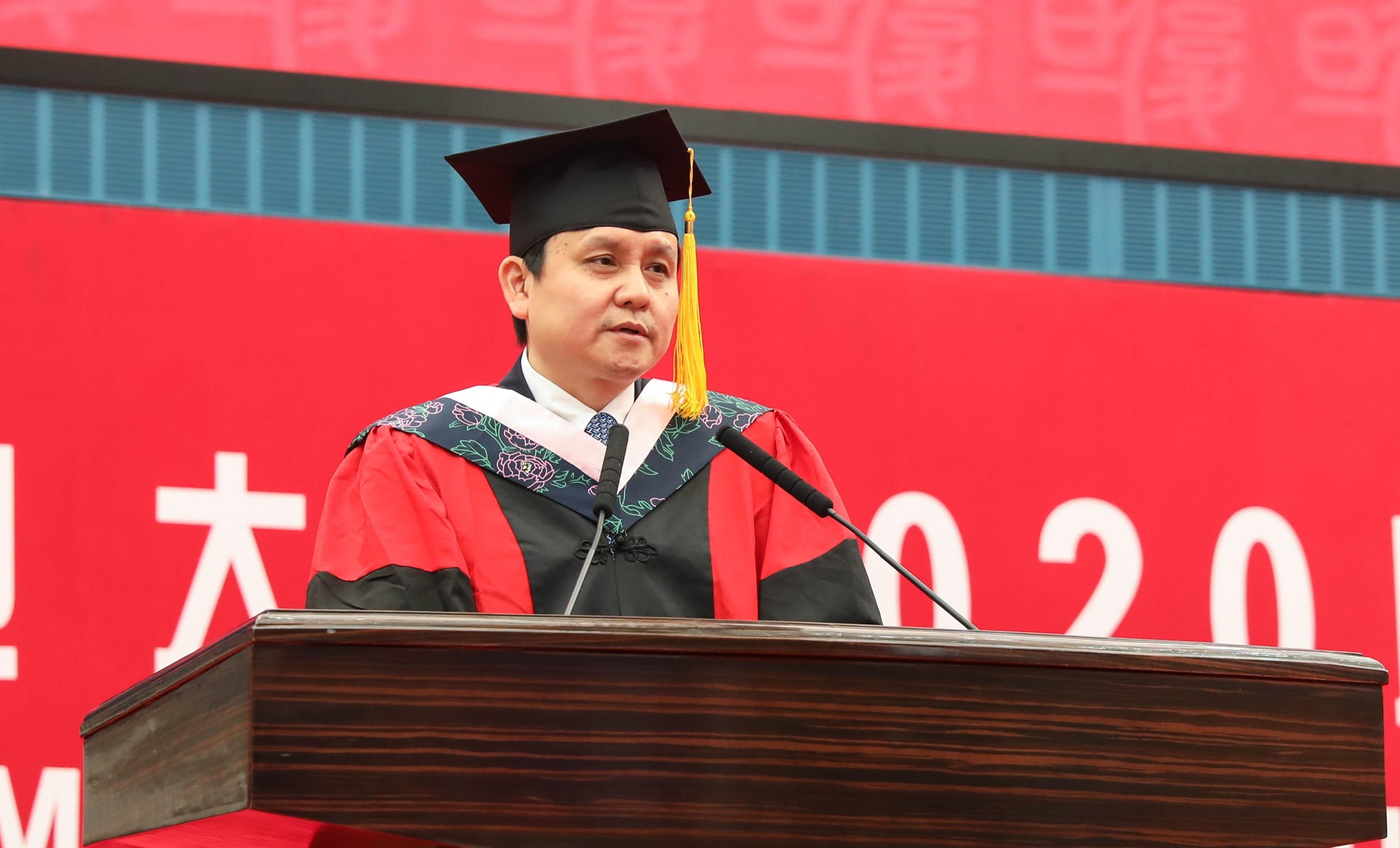 张文宏获评复旦2020届本(专)科生心目中的好老师-新闻频道-和讯网