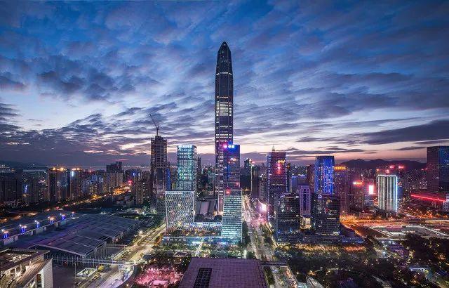 """十大消费城市""""回暖度""""PK:上海人前5月买买买超5000亿,重庆继续甩开成都,深圳为何只是""""消费第七城""""?"""