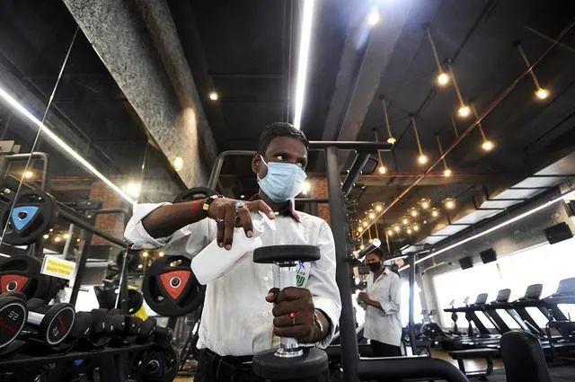 印度已有1亿人感染新冠病毒?