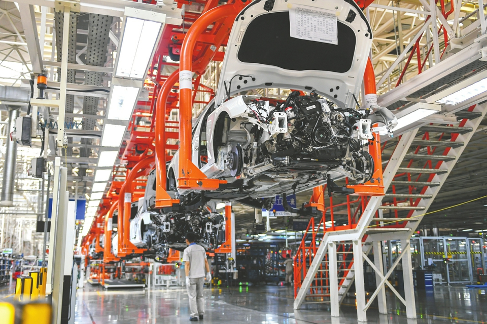 国家发改委发声扩大内需:鼓励老旧汽车置换 促进限购向引导使用转变