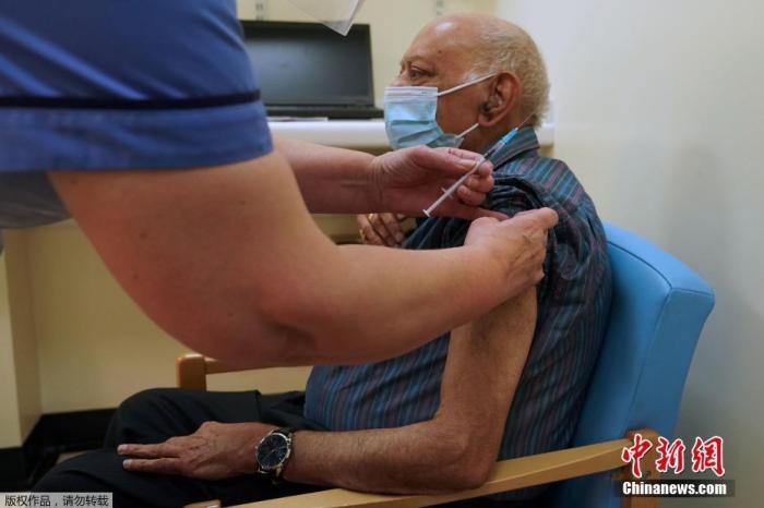 英国新冠感染人数近期急剧上升