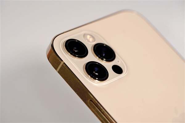 电银付加盟(dianyinzhifu.com):苹果脱手修复:iPhone激活、iCloud上岸已正常 第1张