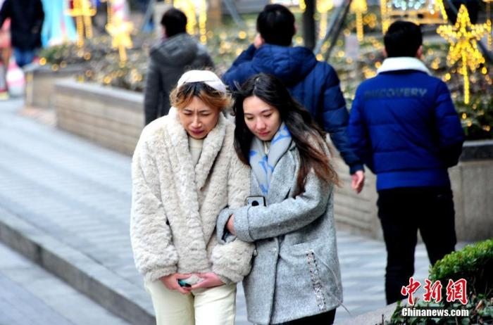 """寒潮再袭长三角:气温""""大跳水""""多城开启""""冰冻模式"""""""