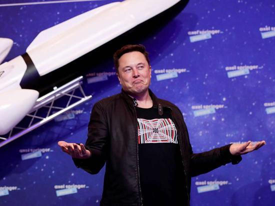 比特币暴涨一度突破61000美元!马斯克发帖:很快冲上月球!SpaceX计划将狗狗币带到月球上