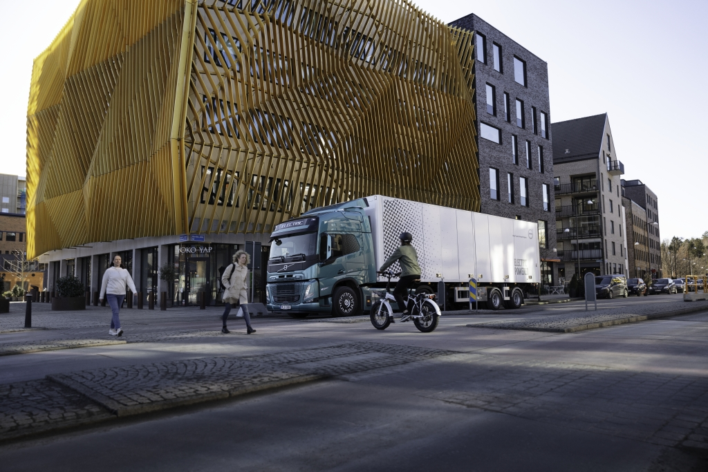 沃尔沃卡车开发电动卡车声音警报系统