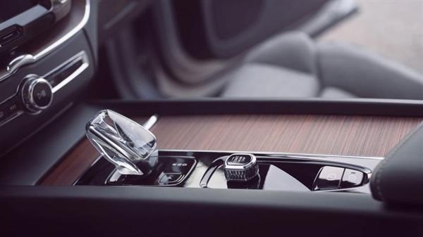 沃尔沃5月全球销量大涨43%!最火SUV迎来中期改款