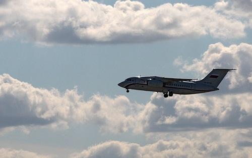 俄媒:俄罗斯派专机从加沙地带撤走俄本国捎带独联体侨民 从开罗起飞