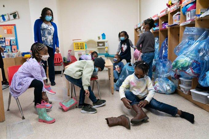 莫德纳将扩大儿童疫苗临床试验规模 寻求最快年底前获批使用