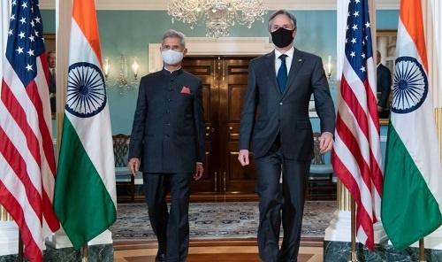 美媒:美国国务卿到印度拉群对抗中国 顺带讨论新冠疫情