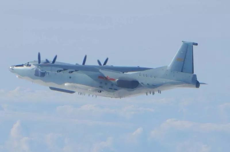 解放军19架次军机进入台西南空域引猜测,台媒:因为三件事激怒了大陆