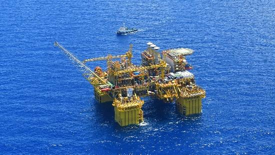 欧洲天然气大涨价!俄罗斯北溪2号项目遇阻:价格比美国页岩气便宜30%!乌克兰每年损失数十亿美元过境费