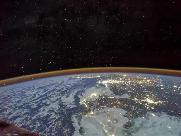 直播:神十二航天员回家!已进入1小时倒计时、轨返分离完成